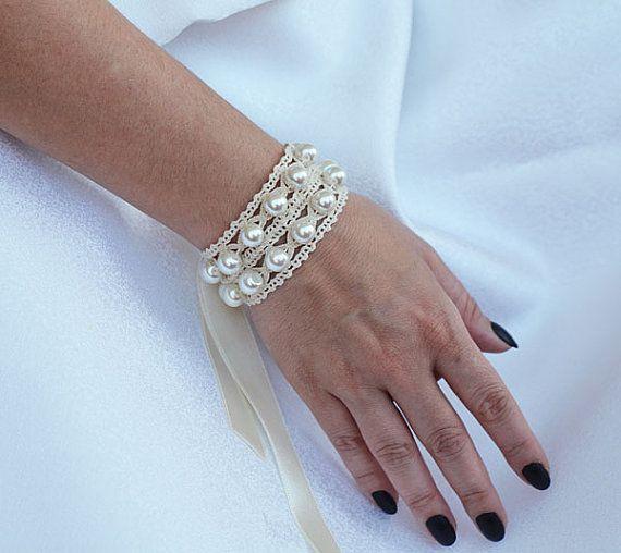 Wedding - Pearls Wedding Cuff, Bridal Pearl Cuff, Wedding Bracelet, Vintage Style Cuff, Wedding Jewelry, Wedding Accessories