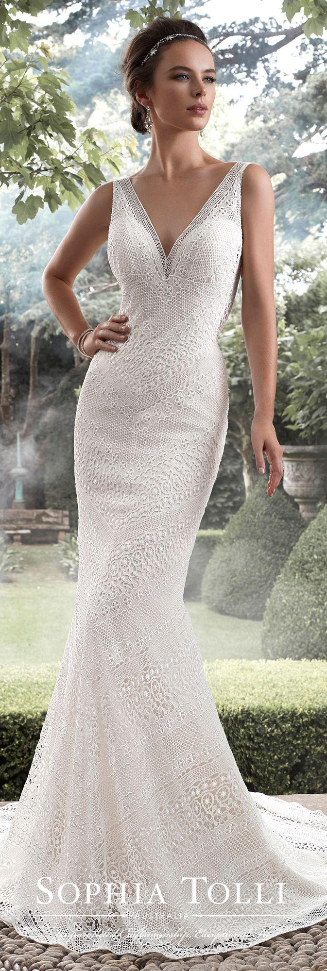 Mariage - Allover Lace V-neck Fit And Flare Wedding Dress - Sophia Tolli Y21742