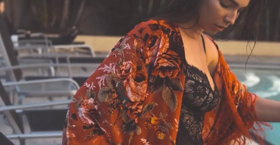 Свадьба - Bridesmaid Getting Ready Robe - Gypsy Kimono Robe - Bride Getting Ready Robe - Boho Kimono Robe - Bridesmaids Silk Kimono Robe - Kimono Robe