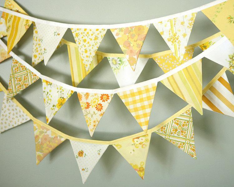 Hochzeit - Sunshine Yellow Bunting / Wedding Decoration / Fabric Flag Garland / Wedding Bunting / Rustic Barn Vintage Wedding Decor / Three 10' Lengths