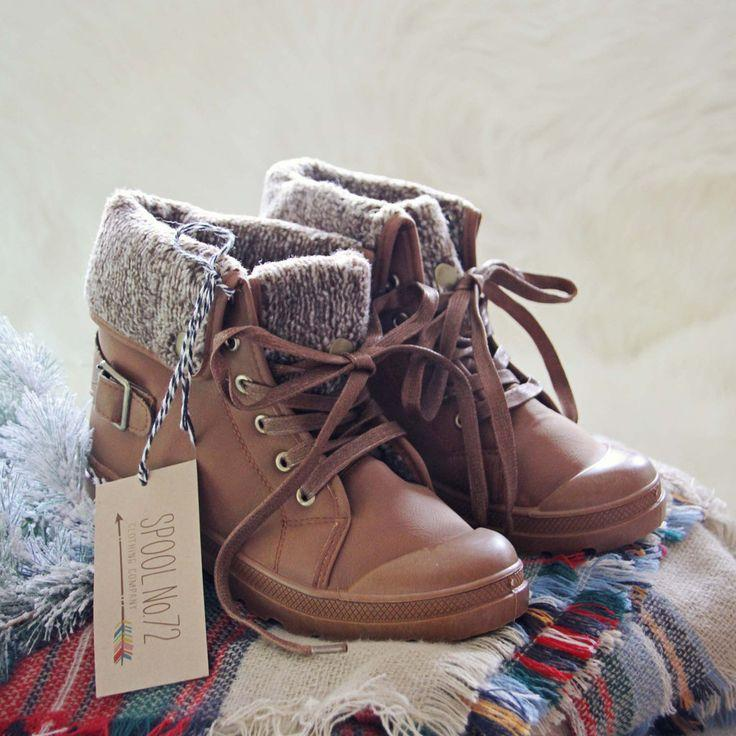 زفاف - Moose Lodge Booties
