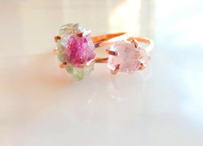 Свадьба - Raw Rose Quartz Ring Raw Pink Stone Ring Rough Stone Ring Raw Pink Stone Raw Rose Quartz Ring Alternative Engagement Rose Quartz Ring Raw