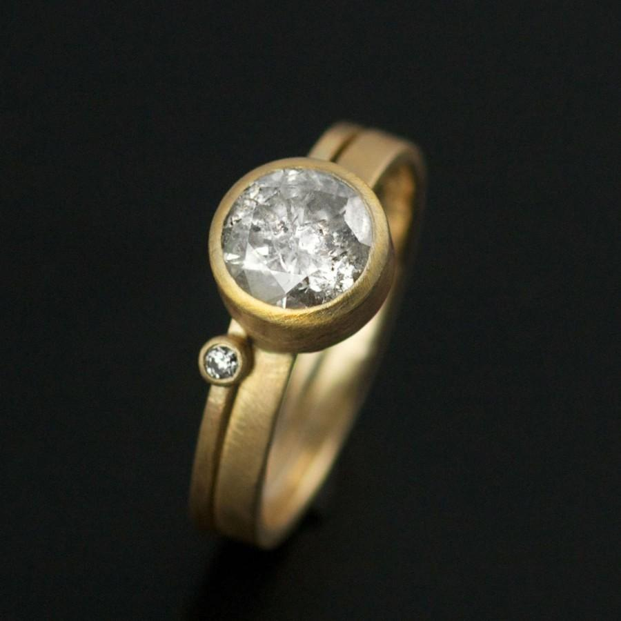 Mariage - Modern Champagne Solitaire // 1.25cts Translucent Brilliant Diamond Ring // By VK Designs