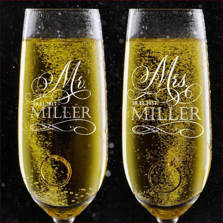 Mariage - Set of 2, Personalized Wedding Toast Champagne Flutes - Mr. Mrs. Date & Last Name Champagne Wedding Glasses - Engraved Flutes - DSG #17