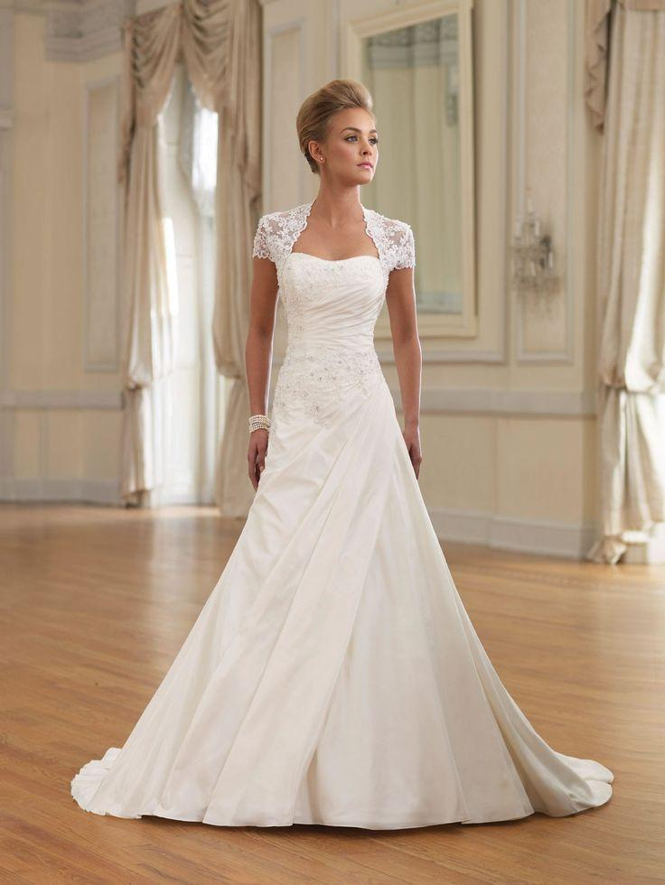 30 Famous Wedding Dresses From Movies And Tv 2773483 Weddbook