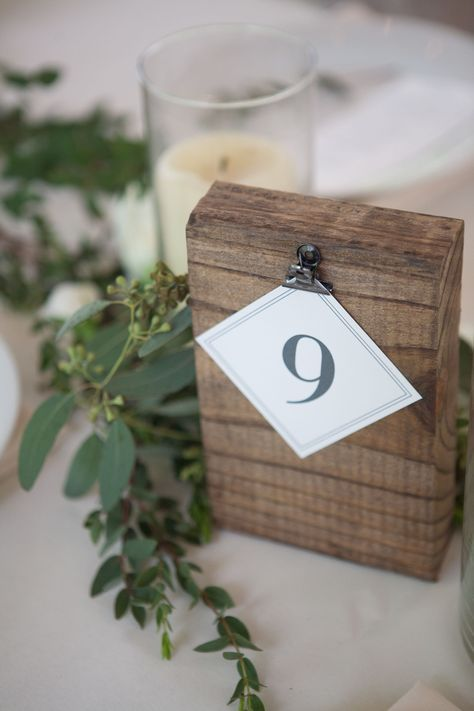 Hochzeit - Table Number Decorations