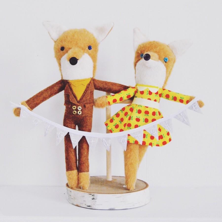 Свадьба - Mr and Mrs Fox Wedding Cake Topper