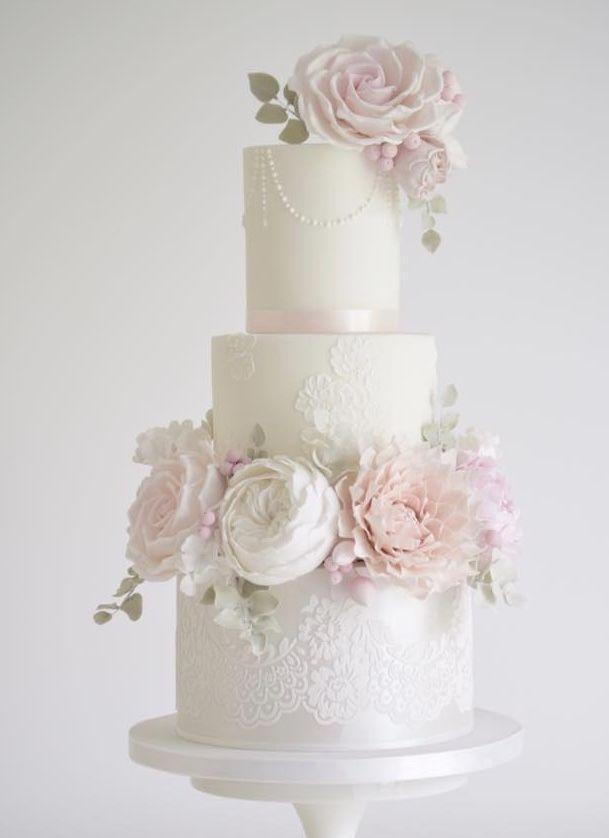 زفاف - White Floral Wedding Cake