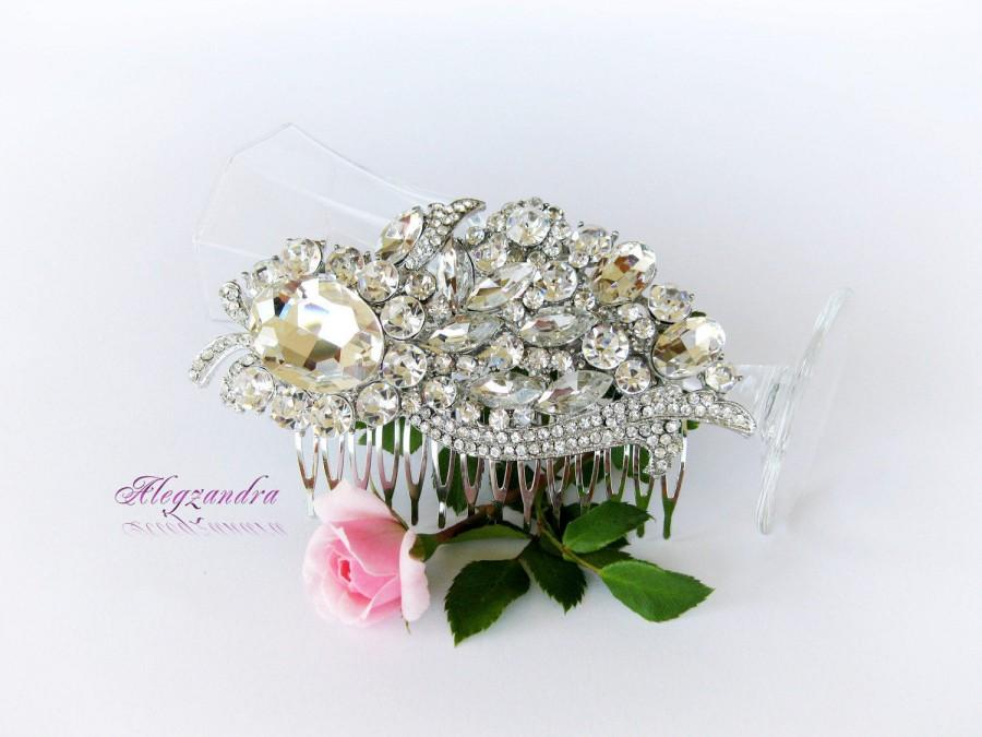 Hochzeit - Swarovski Crystals Bridal Hair Comb, Wedding Hair Pieces, Rhinestone Bridal Combs, Wedding Hair Accessories, Bridal Headpieces - $34.99 USD