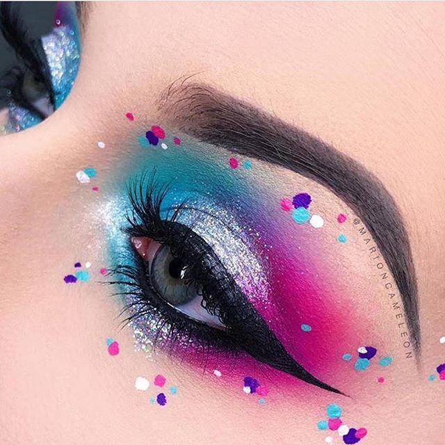 Свадьба - Blue And Pink Eye Makeup