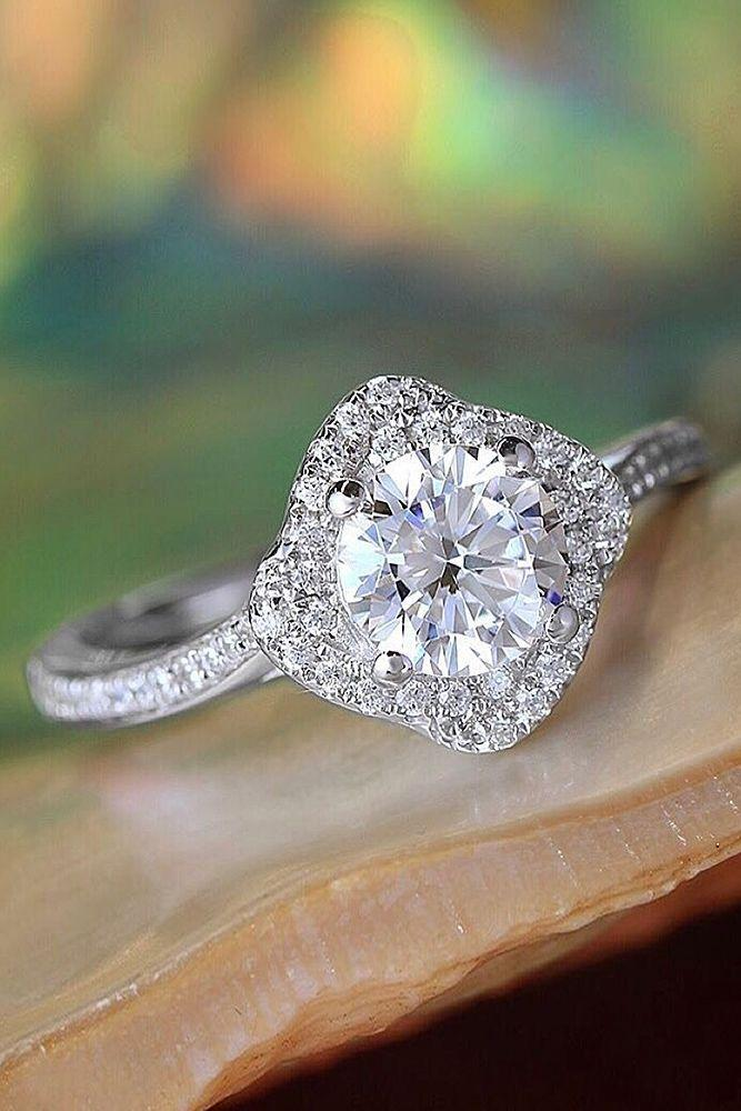 Mariage - Engagement Ring That Was Created For A Special Bride