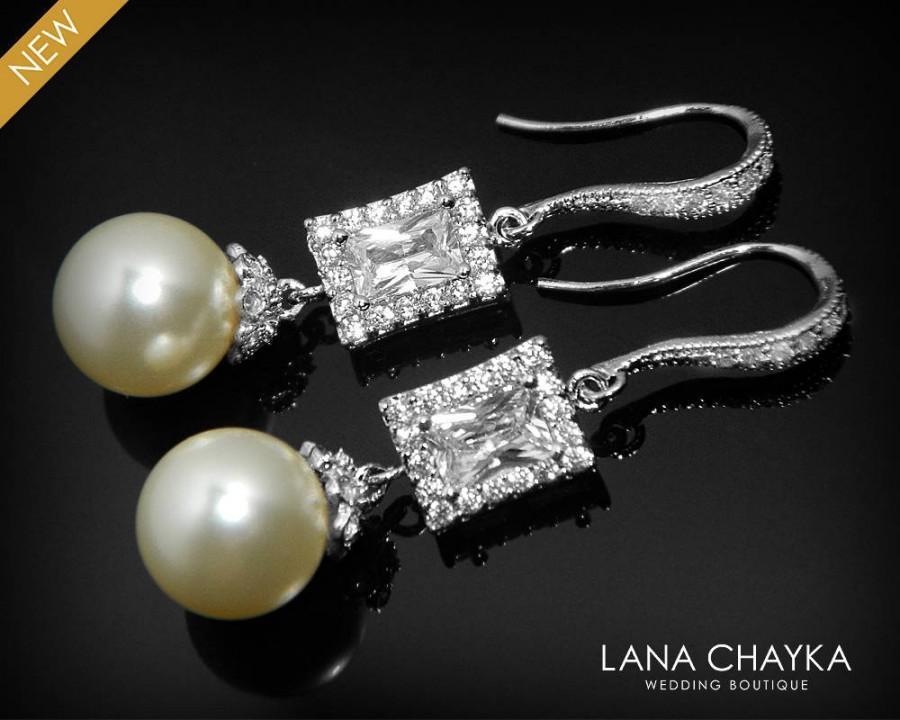 Свадьба - Pearl Bridal Earrings Ivory Pearl Chandelier Wedding Earrings Swarovski 10mm Pearl Drop CZ Earrings Pearl Dangle Earrings Prom Pearl Earring - $35.90 USD