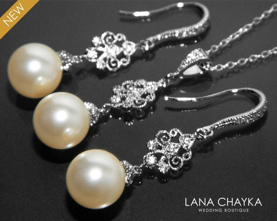 Mariage - Pearl Bridal Chandelier Jewelry Set 10mm Ivory Pearl Earrings&Necklace Set Swarovski Pearl Silver Set Wedding Pearl Jewelry Set Bridesmaids - $30.90 USD