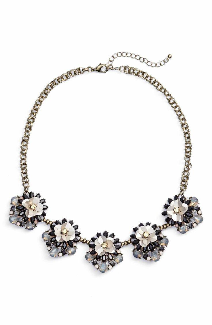Mariage - Floral Cluster Statement Necklace
