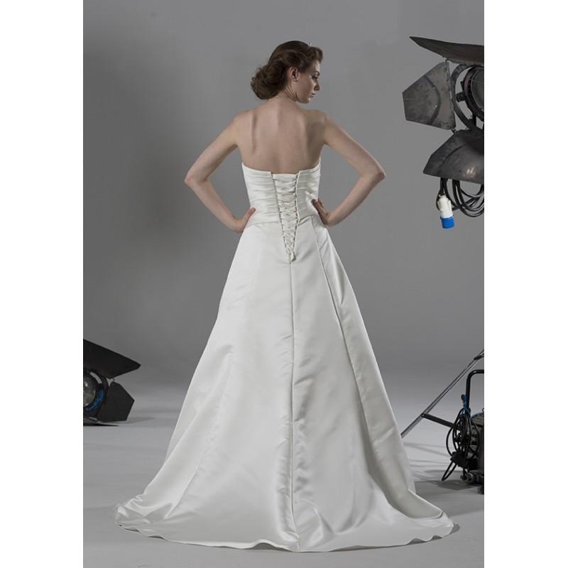 Hochzeit - romantica-bridal-2014-colette-back - Stunning Cheap Wedding Dresses
