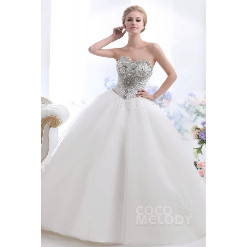 Свадьба - Cute Ball Gown Sweetheart Basque Waist Chapel Train Tulle Wedding Dress CWUT13006 - Top Designer Wedding Online-Shop