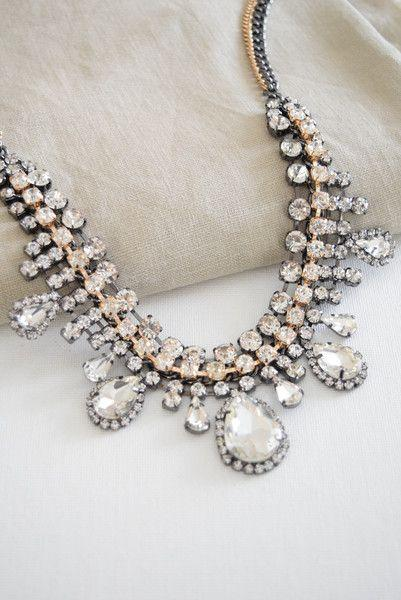 Свадьба - Crystal Drops Statement Necklace