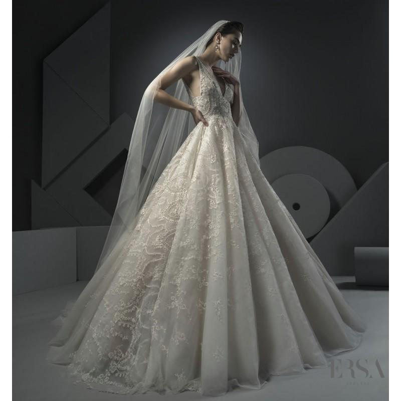 Boda - Ersa Atelier Spring/Summer 2018 Laura Champagne Elegant Chapel Train V-Neck Ball Gown Sleeveless Embroidery Lace Wedding Gown - Bridesmaid Dress Online Shop
