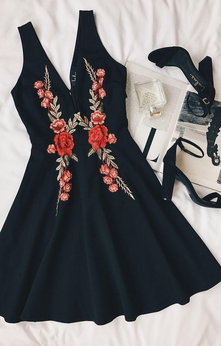 Mariage - Romantic Rose Black Embroidered Skater Dress