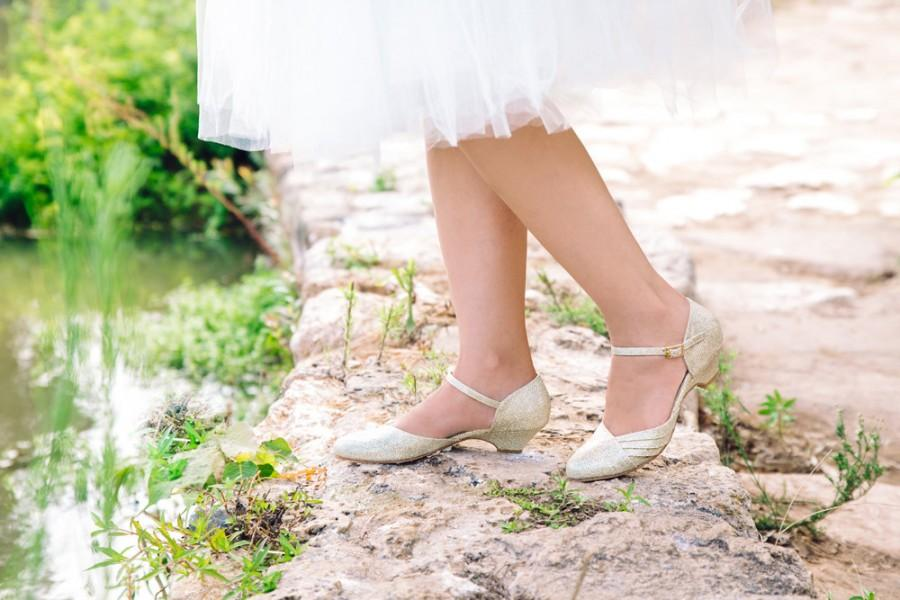 Non Leather Bridal Shoes Vegan Sandals Low Heel Wedding Beautiful Gold High Quality Comfortable I Do