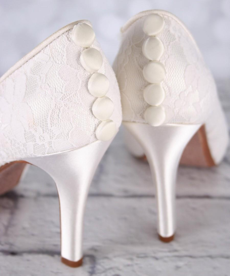 Hochzeit - Ivory Wedding Shoes, Lace Wedding Shoes, Ivory Lace Wedding Shoes, Lace Bridal Shoes, Custom Wedding Shoes, Simple Wedding Shoes, Ivory Shoe