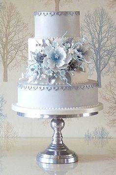 Boda - Lilac Wedding Cake