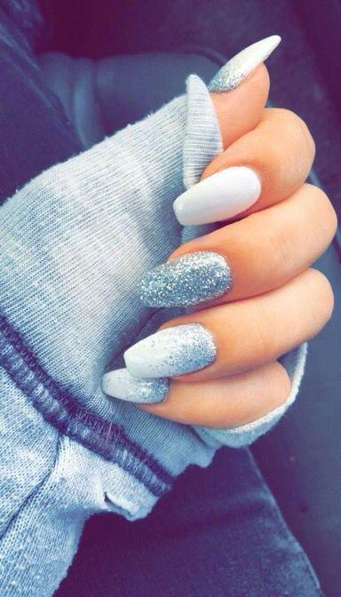 Boda - Winter Nails