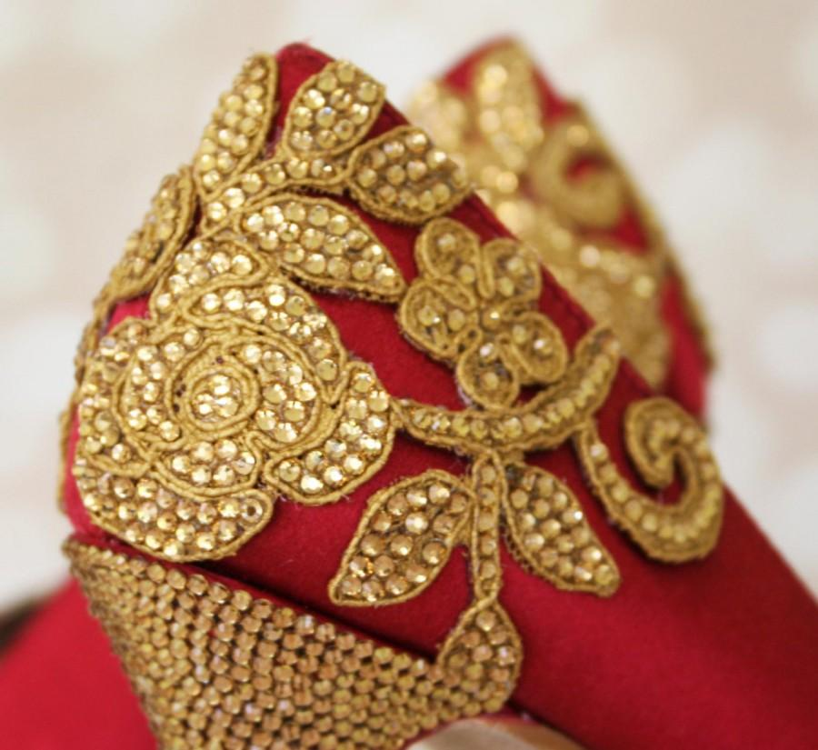Red Wedding Shoes Gold Wedding Shoes Indian Weddings Crystal Wedding Shoes Indian Wedding Accessories Gold Wedding Wedding Shoes Bling