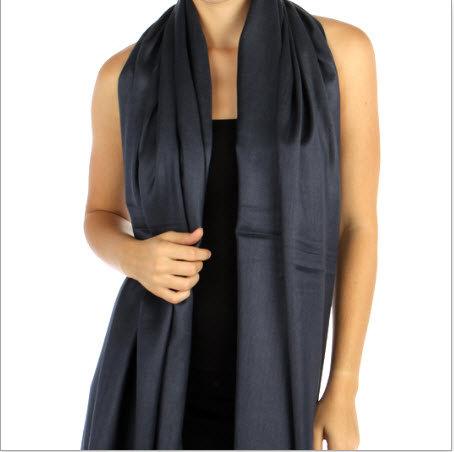 Hochzeit - Navy Blue Pashmina Scarf -  Bridesmaid's gifts - Bridesmaid's scarf - party favors - navy blue wedding shawl - navy blue cover ups
