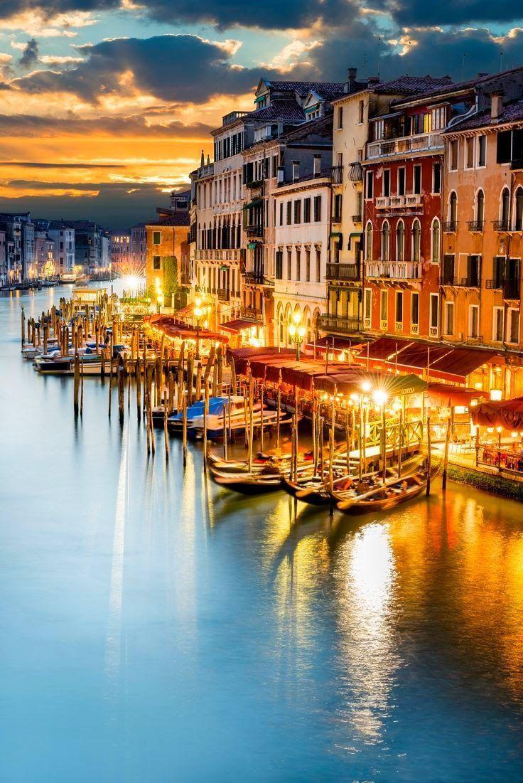 زفاف - Sunset From Venice