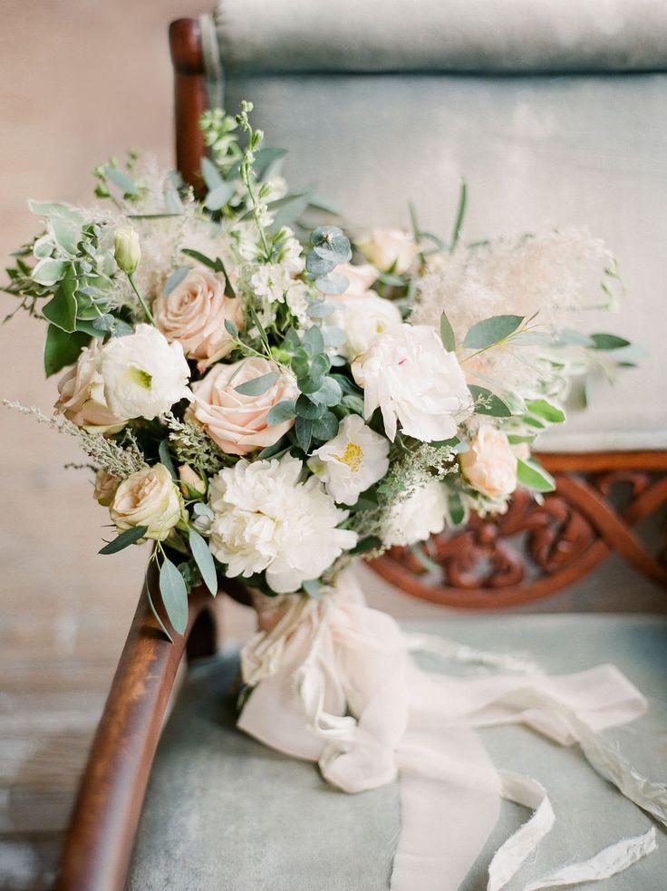 Wedding - Brautstrauß Mit Bändern