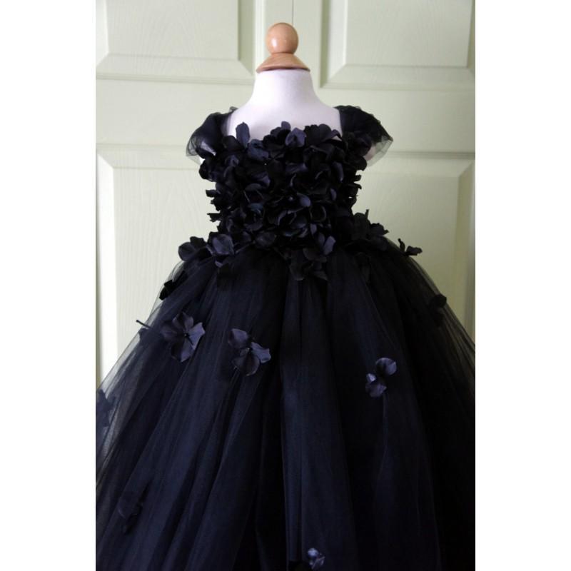 Wedding - Flower girl dress Black Dress Black tutu dress, flower top, hydrangea top, toddler tutu dress Cascading flowers - Hand-made Beautiful Dresses