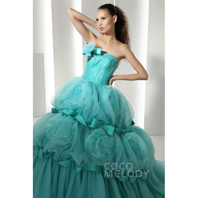 Mariage - Dreamy Ball Gown Strapless Court Train Organza Cascade Quinceanera Dress COJF13007 - Top Designer Wedding Online-Shop