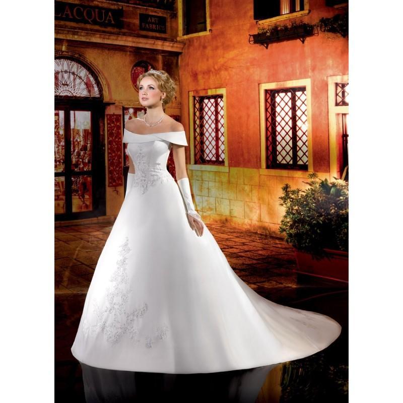 Mariage - Collector, 134-30 - Superbes robes de mariée pas cher