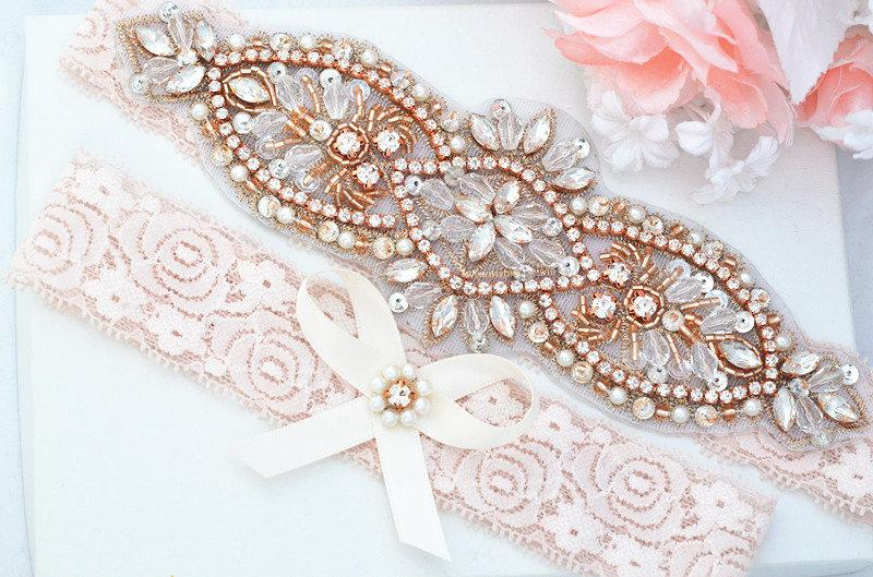 Свадьба - BLUSH PINK Rose Gold Crystal pearl Wedding Garter Set, Stretch Lace Garter, Rhinestone Crystal Bridal Garters