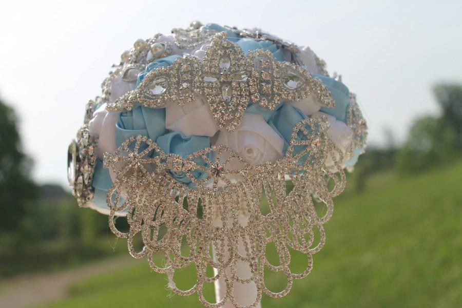 Свадьба - Cinderella brooch bouquet, brooch bouquet, cinderella bouquet, brooch bouquet, butterfly brooch, white brooch bouquet, blue bouquet