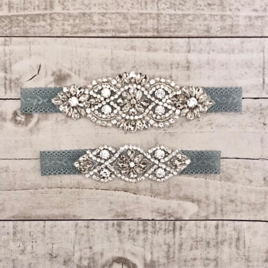 Свадьба - Something Blue Bridal Garter, NO SLIP Lace Wedding Garter Set, bridal garter set, vintage rhinestones, pearl and rhinestone garter set