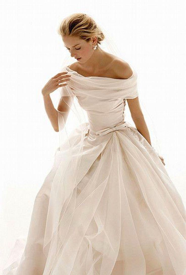 Winter Wedding Dress.Winter Wedding Dresses 17 Beautiful Bridal Gowns For Your Winter