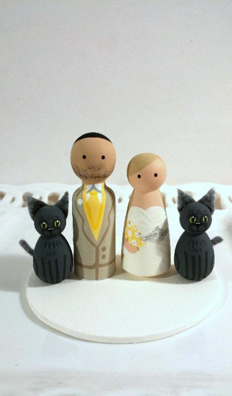 Свадьба - Cake Cuties- Custom Wedding Cake Toppers, plus two Animal Friends