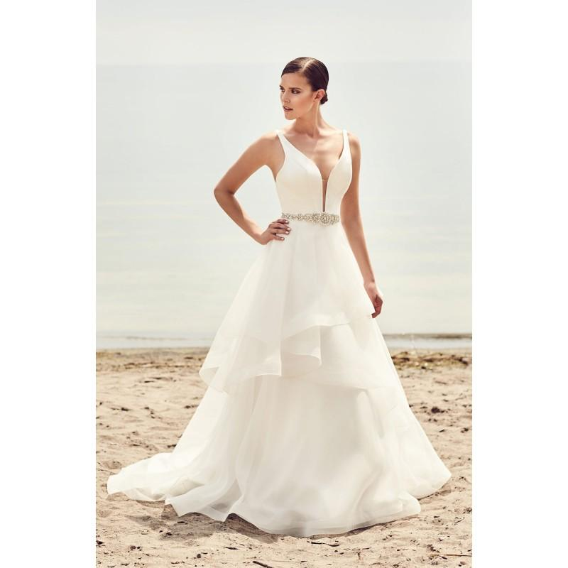 Hochzeit - Mikaella Spring/Summer 2017 2112 V-Neck Organza Ball Gown Sleeveless with Sash Chapel Train Simple Ivory Bridal Dress - Top Design Dress Online Shop