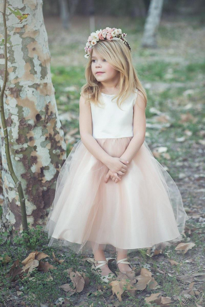 Hochzeit - Two tone Flower Girl Dress with Tulle Skirt