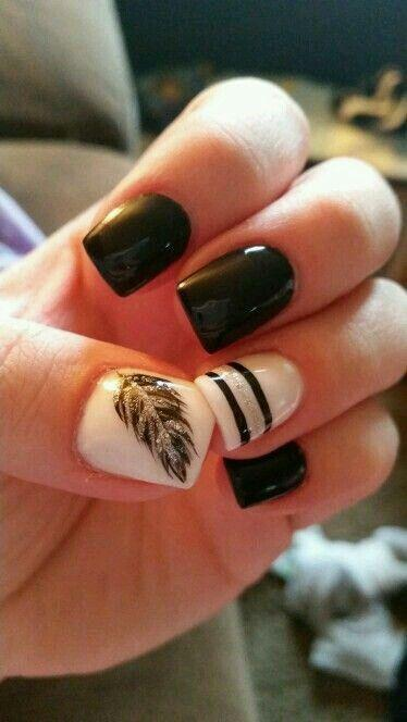 Hochzeit - Black And Glittery Feather Nail Art