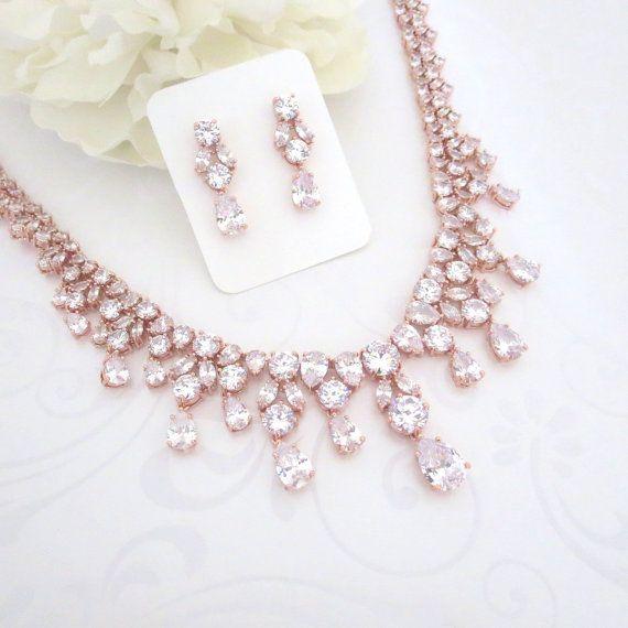 Свадьба - Bridal Statement Jewelry // Necklaces, Bracelets, Earrings, Rings, Headpieces   Headbands