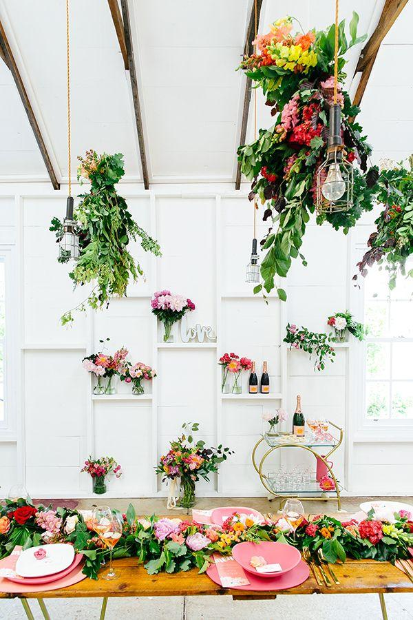 Mariage - Flower-Filled Wedding Inspiration That's Pretty In Pink
