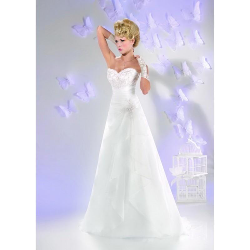 Robes de mari e just for you 2016 165 09 superbe for Magasins de robe de mariage milwaukee