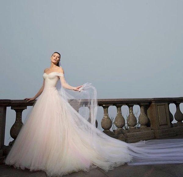 زفاف - Rainbow Dress: 12 Inspirações Para Quem Amou O Vestido De Noiva De Michelle Alves - Constance Zahn