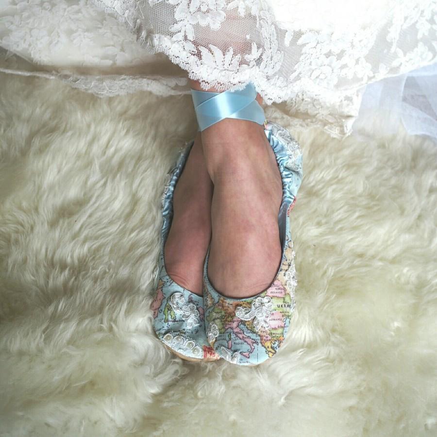 زفاف - World Traveler Wedding Shoes,  Map Themed Wedding Shoes,  Atlas Ballet Bridal Flats, Custom Bridal Shoes, Something Blue Shoe