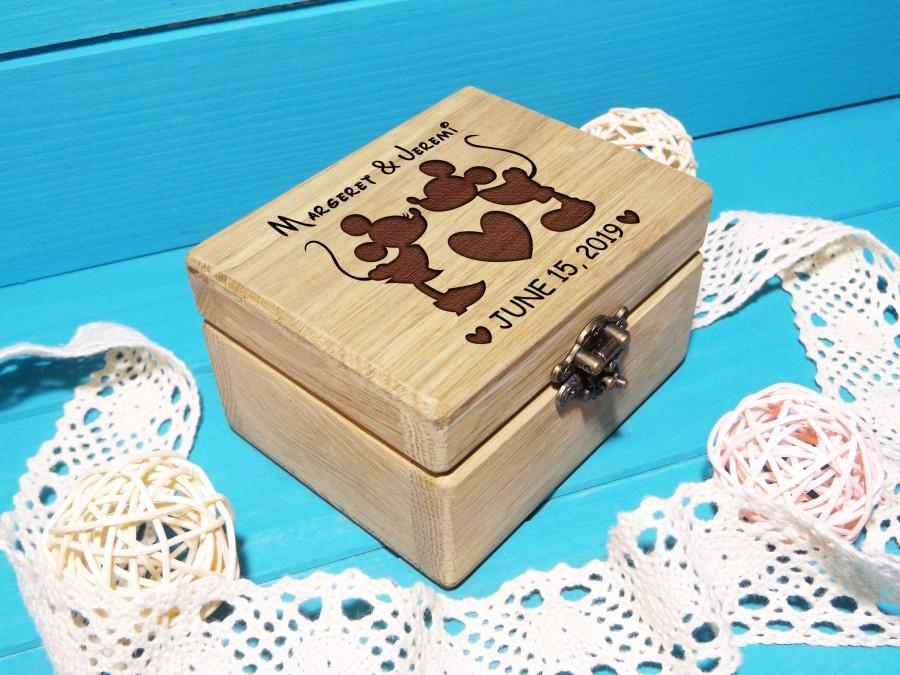 Hochzeit - Wedding Ring Box-Wedding Ring Bearer Pillow-Disney Ring Box-Disney Wedding-Mickey Mouse Wedding-Mickey Mouse and Minnie Mouse Ring Box