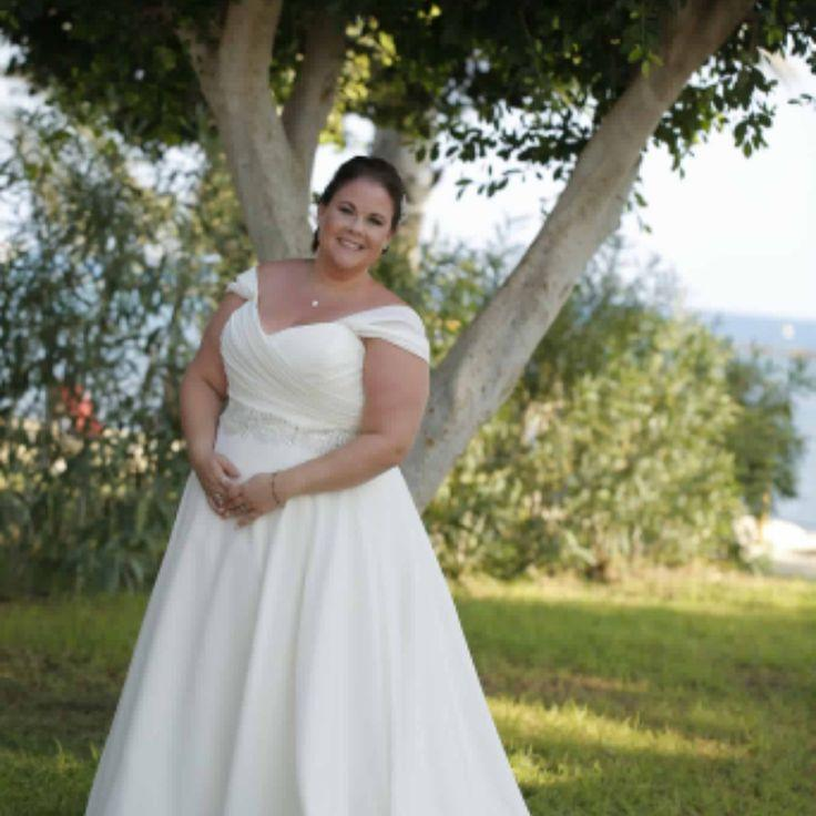 Свадьба - Plus Size Wedding Dress Options For Fuller Figured Brides At Darius Bridal
