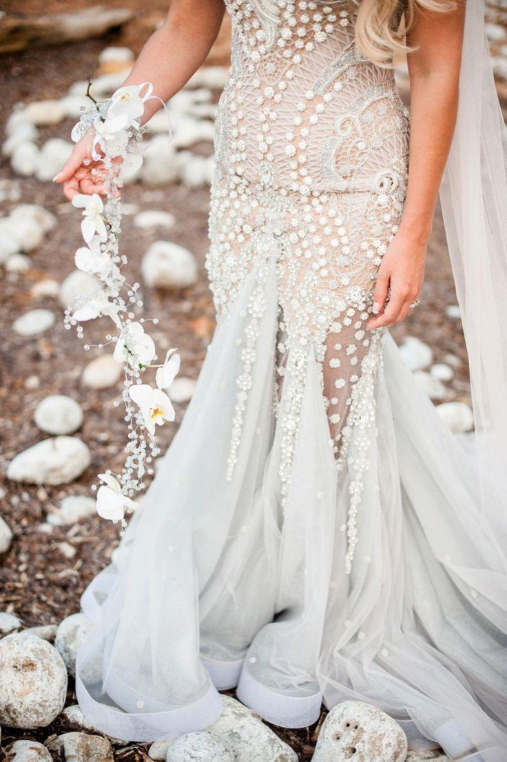 Mariage - A Mermaid Inspired Wedding Dress For An Island Wedding By The Sea